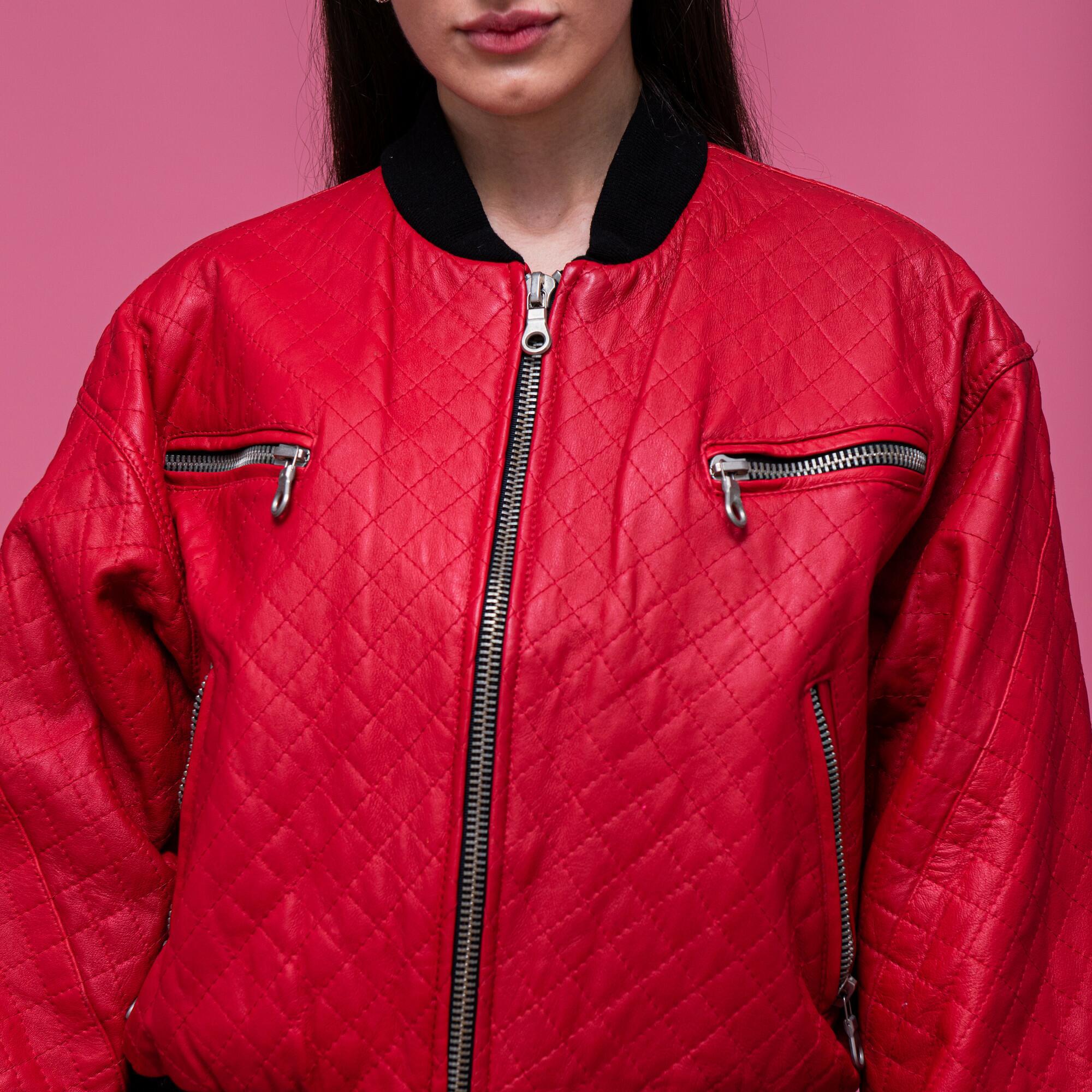 Czerwona kurtka bomber ze skóry marki NEW FAST - KEX Vintage Store | JestemSlow.pl
