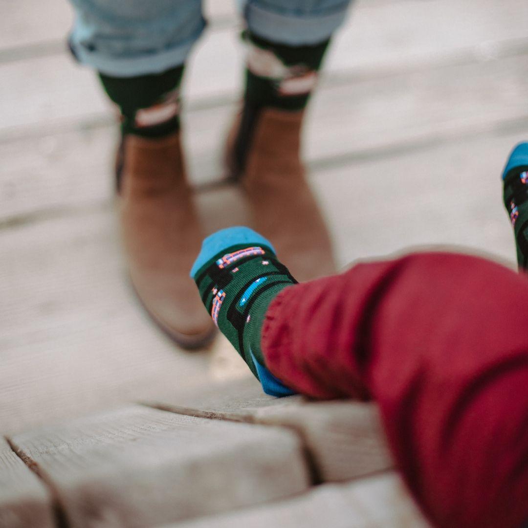 Kolorowe Skarpetki dziecięce w autobusy - FAVES. Socks&Friends