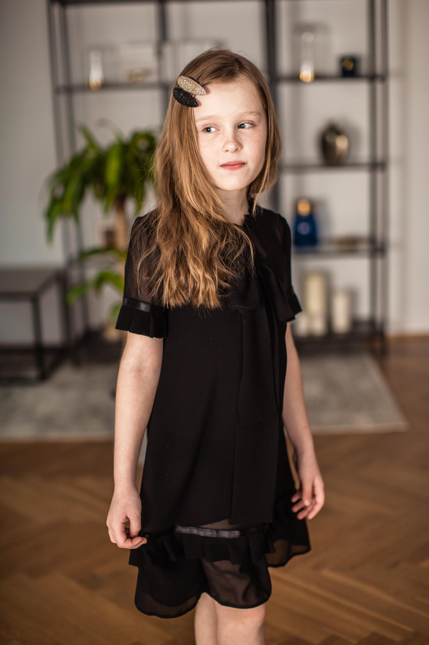 Sukienka czarna z kokardą - Domino.little.dress