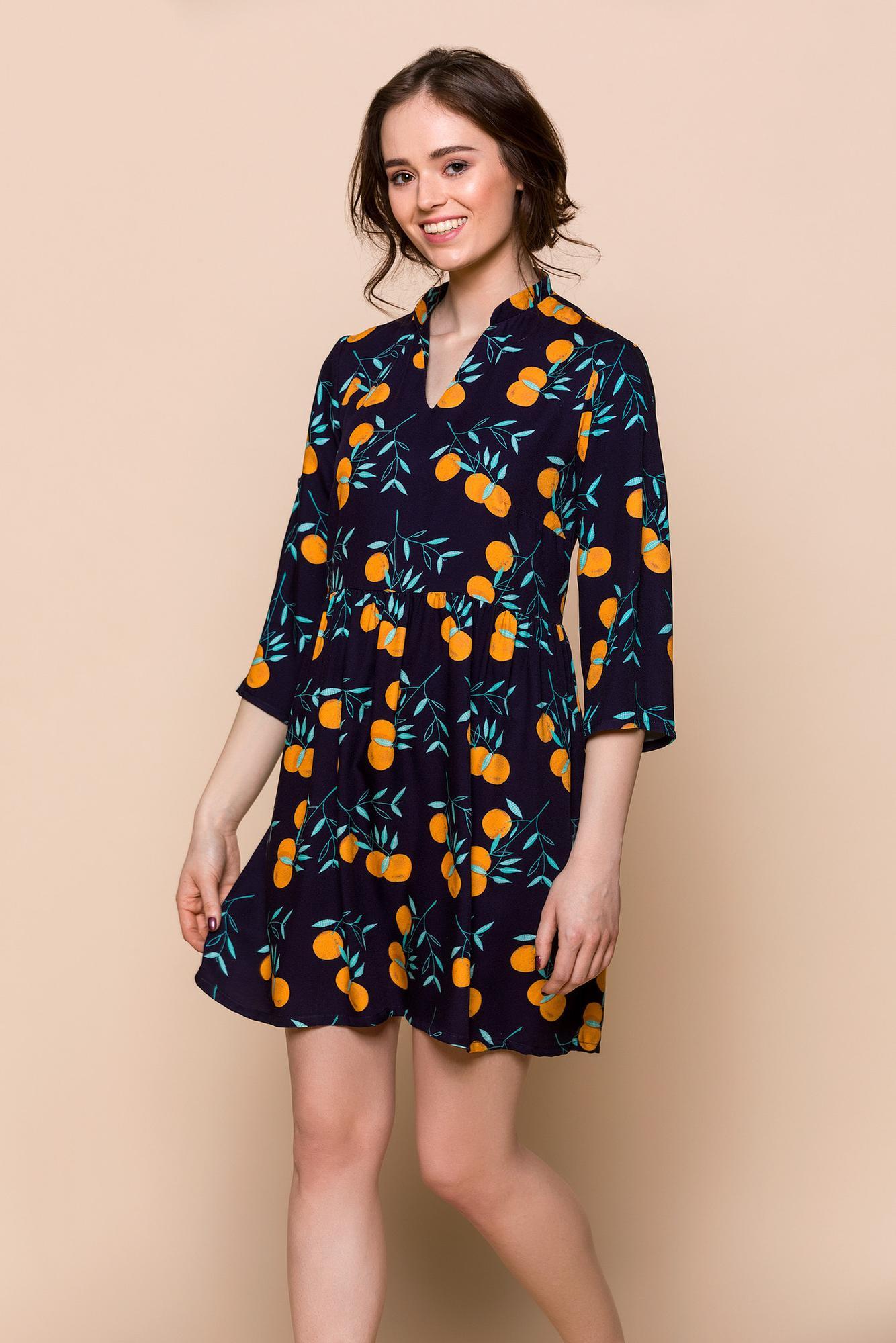 SUKIENKA POMARAŃCZE - sukienka zwiewna - sukienka z dekoltem V - sukienka regulowane rękawy -Republic of Patterns