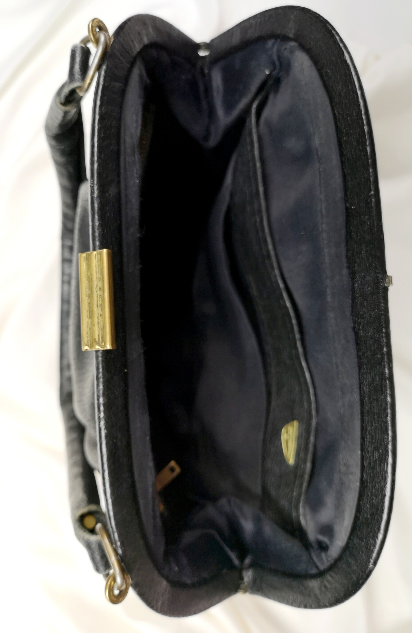 Czarny kuferek z lat 60-tych - KEX Vintage Store | JestemSlow.pl