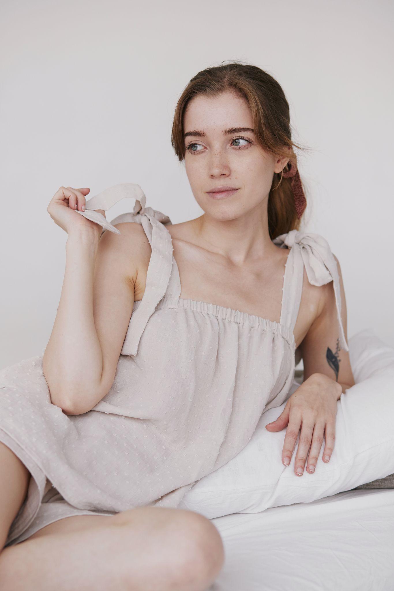 koszulka z wiązanymi ramiączkami - bawełna organiczna - mavka concept | JestemSlow.pl