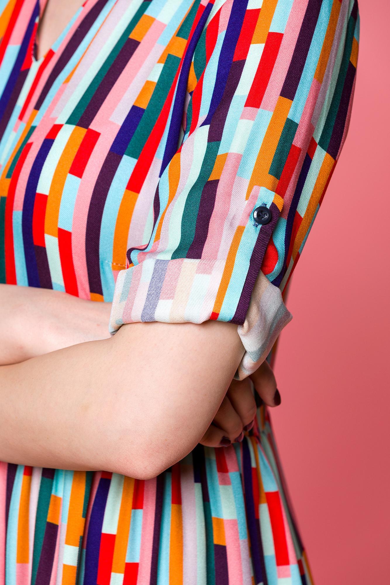 SUKIENKA KOLOROWE PROSTOKĄTY -oversize - sukienka z dekoltem V- sukienka zwiewna - Republic of Patterns