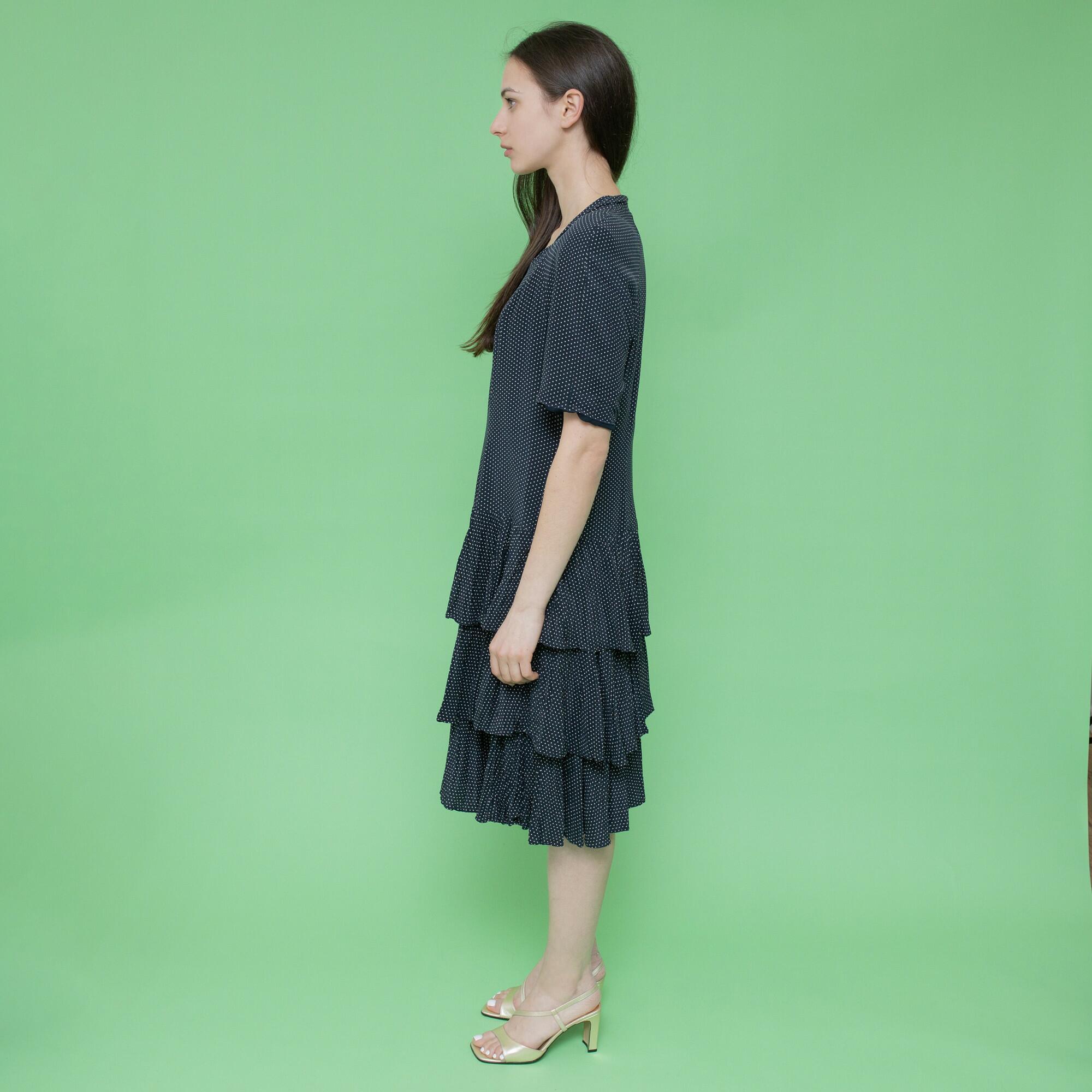 Granatowa jedwabna sukienka w drobne białe groszki z falbanką - KEX Vintage Store | JestemSlow.pl