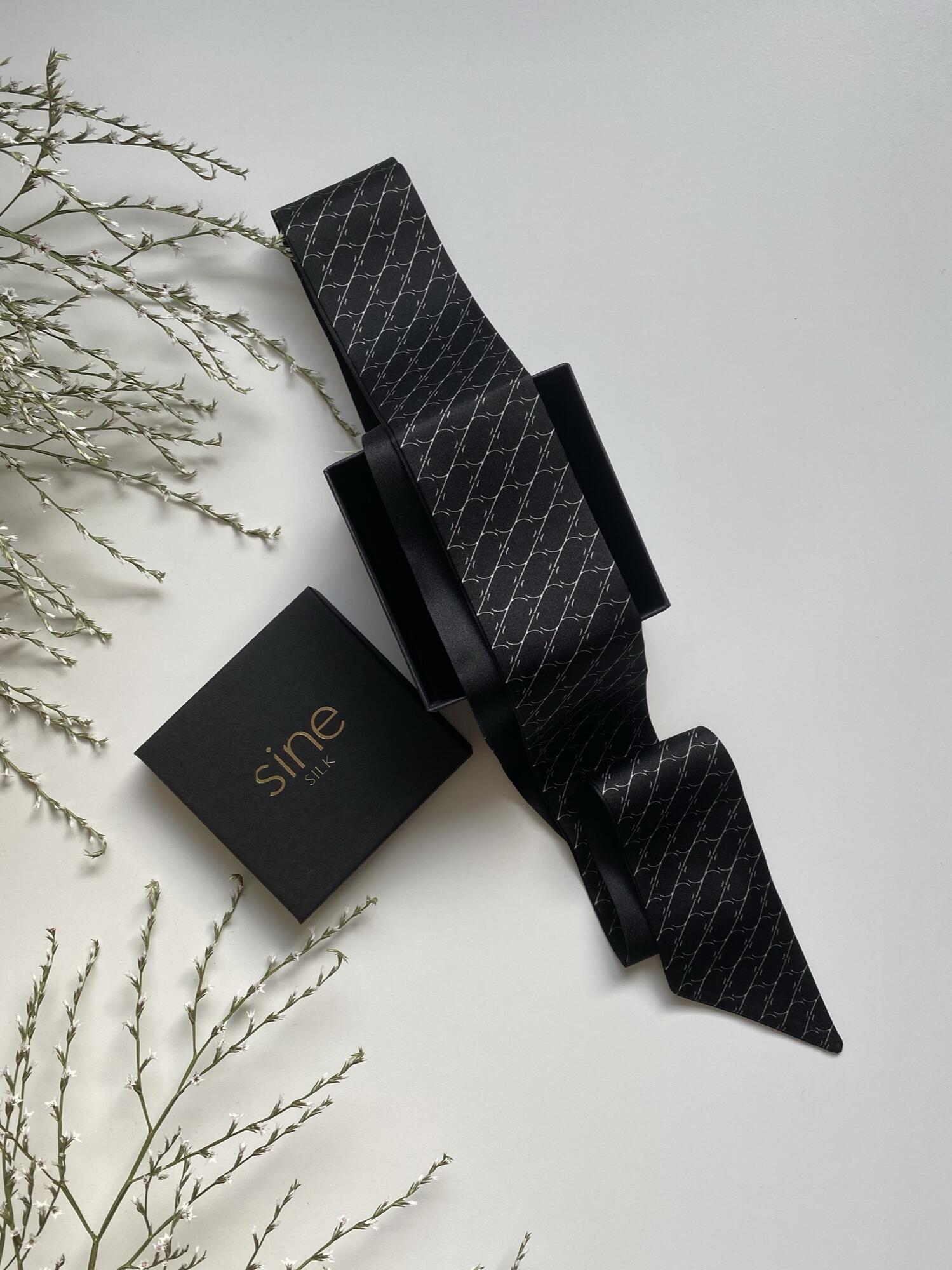 Jedwabny krawacik Sine Silk | BLACK - Sine Silk | JestemSlow.pl