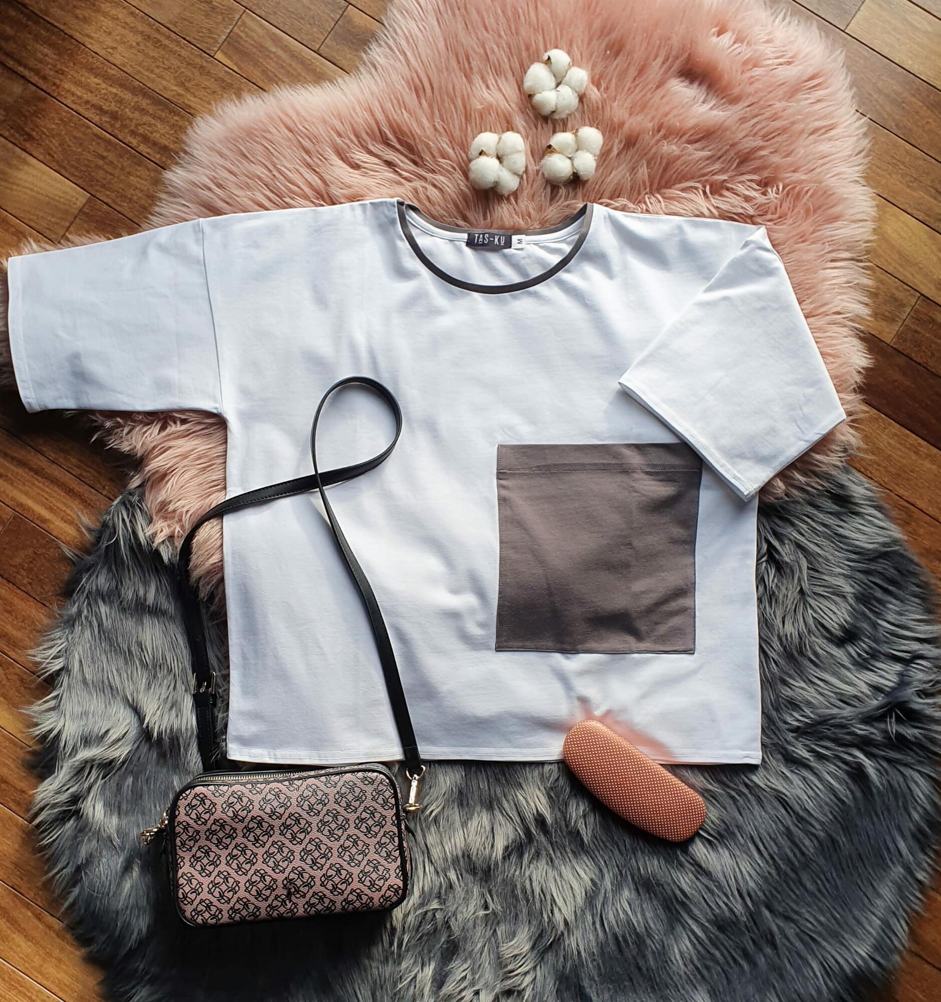 T-shirt - biało-słoniowy - TAS-KU | JestemSlow.pl