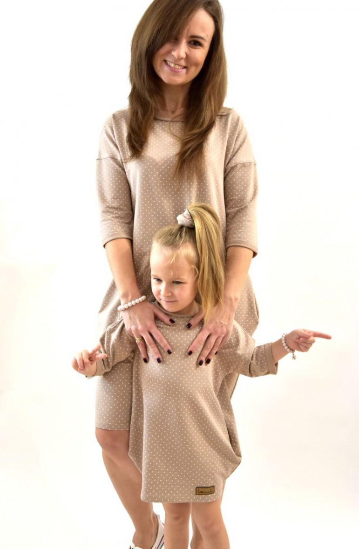 Dresowe sukienki typu tunika dla mamy i córki - beżowe w kropki - Lovemade