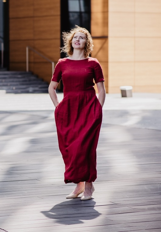 Lniana sukienka Ceglana - Midi - Kieca | JestemSlow.pl