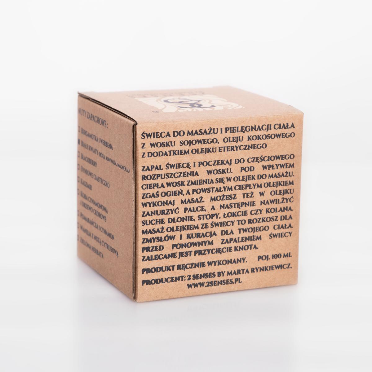 Zmysłowe świece do masażu i pielęgnacji suchej i wrażliwej skóry marki 2 Senses by Marta Rynkiewicz to innowacyjna kuracja SPA dla całego ciała. Świece 2 Senses są nie tylko piękne i zniewalająco pachną, ale kryją w sobie także szereg dobroczynnych właściwości. Zostały wykonane ręcznie z naturalnych składników, takich jak wysokiej jakości wosk sojowy, olej kokosowy i starannie wyselekcjonowane olejki eteryczne, które błyskawicznie wchłaniają się, odżywiając i nawilżając skórę. Dostępne zapachy: - Argan - Sandalwoods & tobacco - Pomarańcza i cynamon - Bambusowy Las - Bergamotka i werbena - Wanilia z nutą cytrusową i akcentem kwiatowym - Dyniowe ciasteczko - Kora cynamonowa i drzewo cedrowe - Blackberry (jeżyna) - Dla Niego Zalety: -wosk sojowy jest naturalny -bezpieczny dla środowiska -w trakcie spalania wytwarza znikomą ilość dwutlenku węgla (ok. 90% mniej od świec parafinowych), gwarantują czyste spalanie. Wosk sojowy jest nietoksyczny; bez benzyny, węgla, sadzy, które mogą oczern