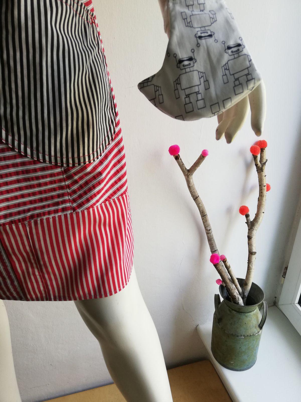 Krótka spódnica w paski - AgaMa