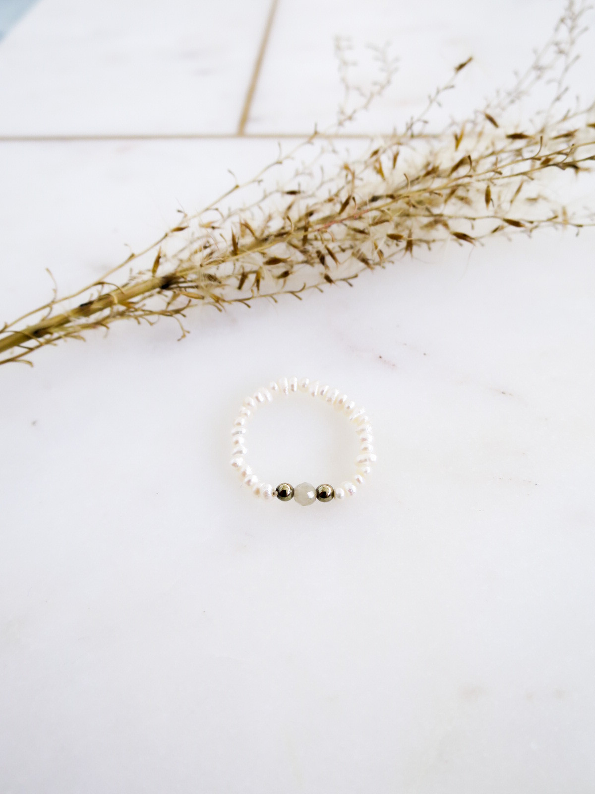 Pearl ring no.2 - Makostone