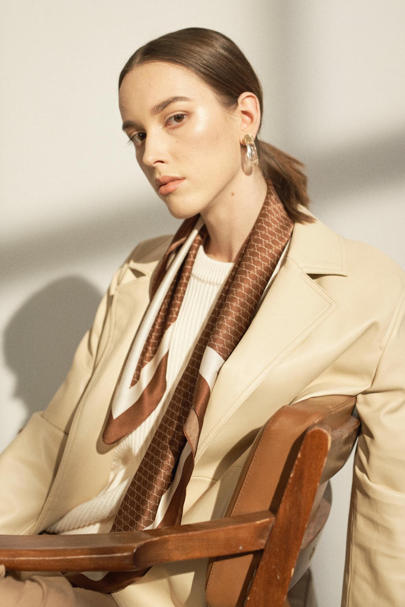 Jedwabna apaszka Sine Silk | BROWN - Sine Silk | JestemSlow.pl