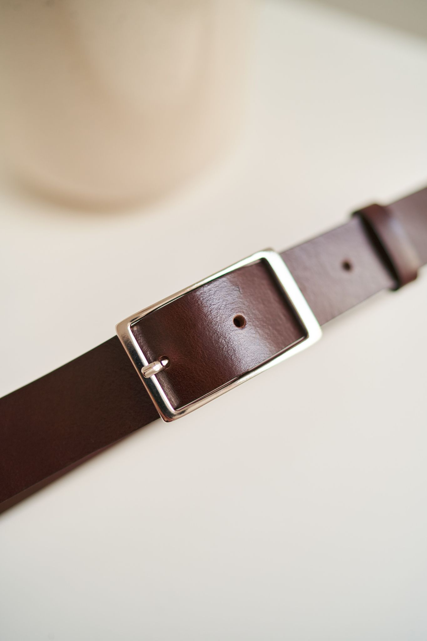 PASEK UNIQUE & CLASSY ciemny brąz srebrna klasyczna prostokątna klamra do spodni - Bellera   JestemSlow.pl