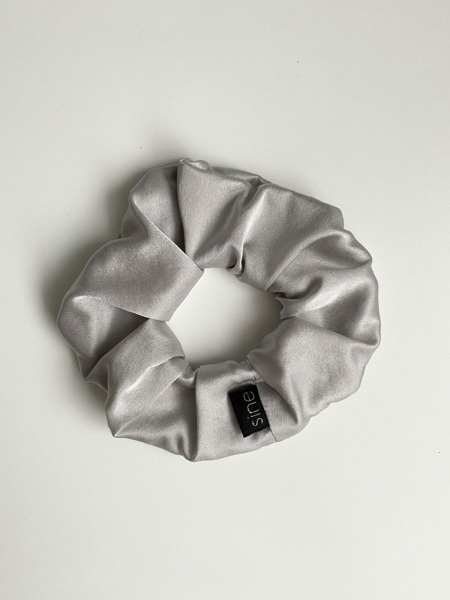 Jedwabna gumka do włosów | SILVER - Sine Silk | JestemSlow.pl