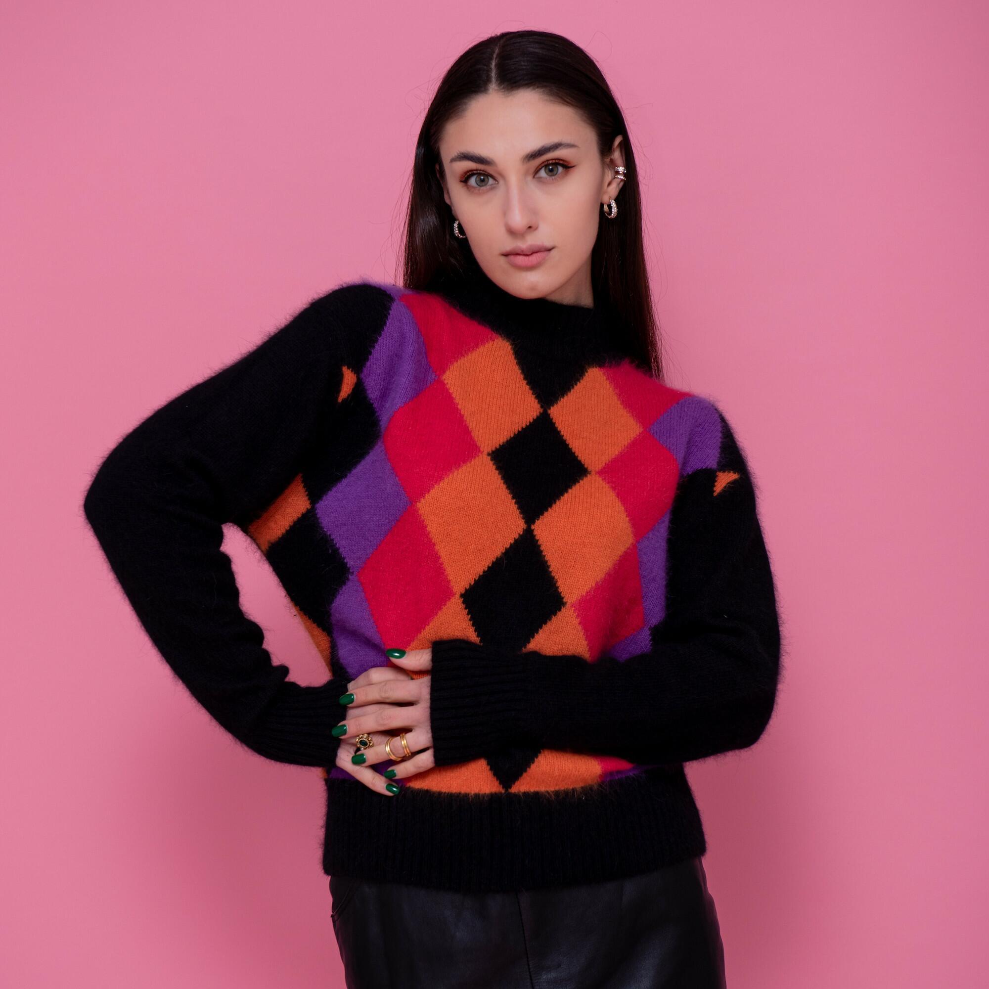 Czarny sweter z golfem z angory w romby - KEX Vintage Store | JestemSlow.pl