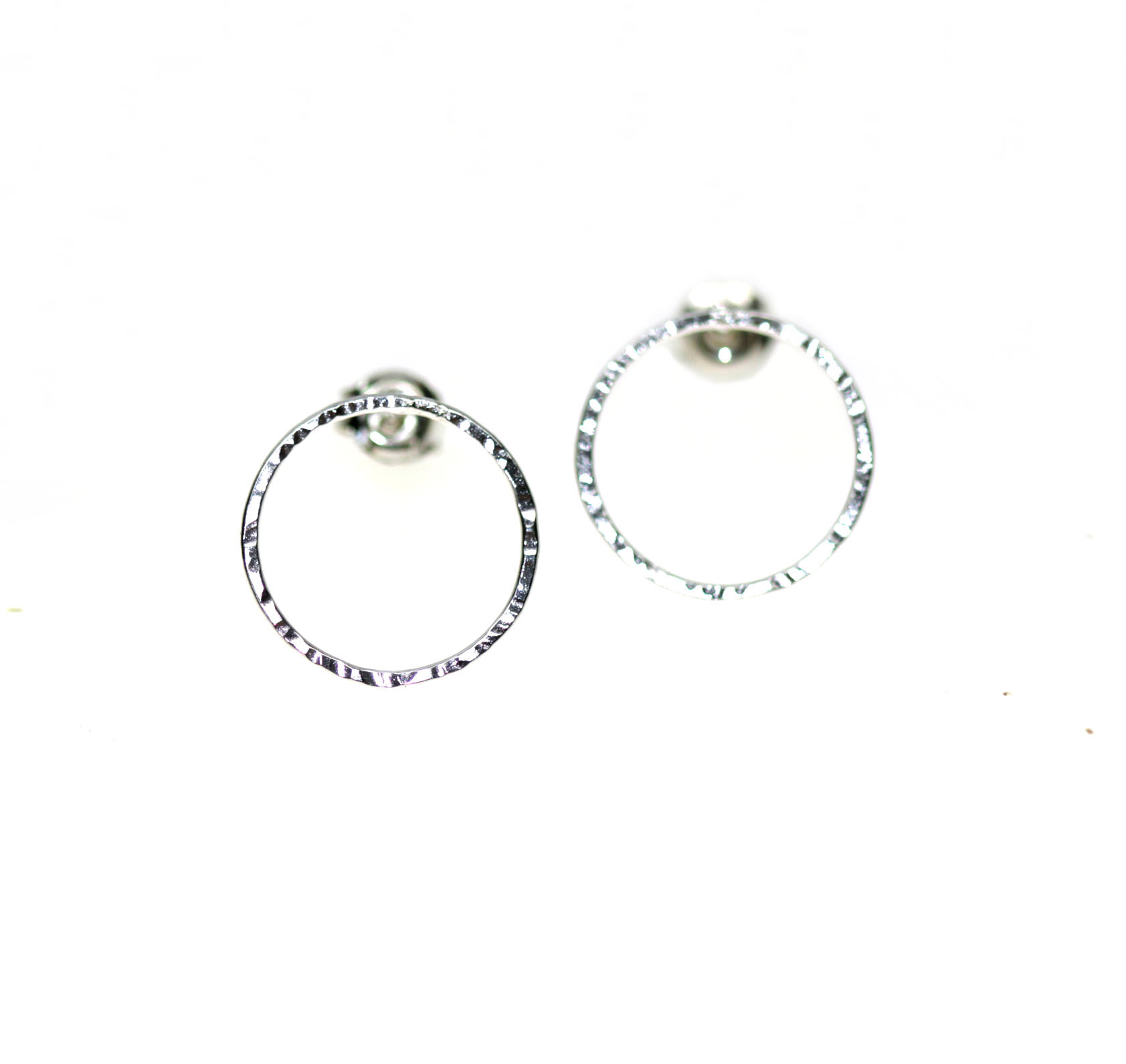 Planet1: srebrne kolczyki kółka - OM jewellery