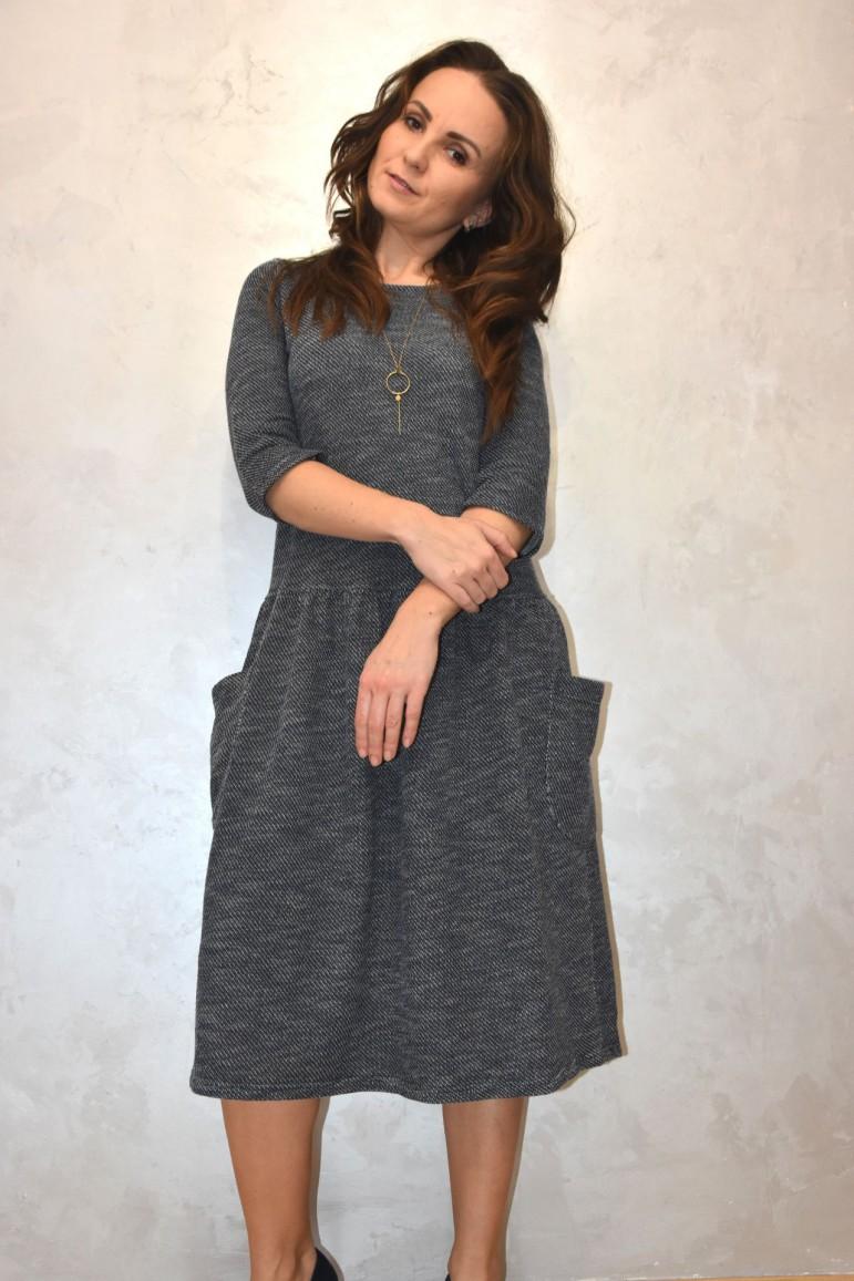 Sukienka damska z dużymi kieszeniami - sweterkowy melanż - Lovemade