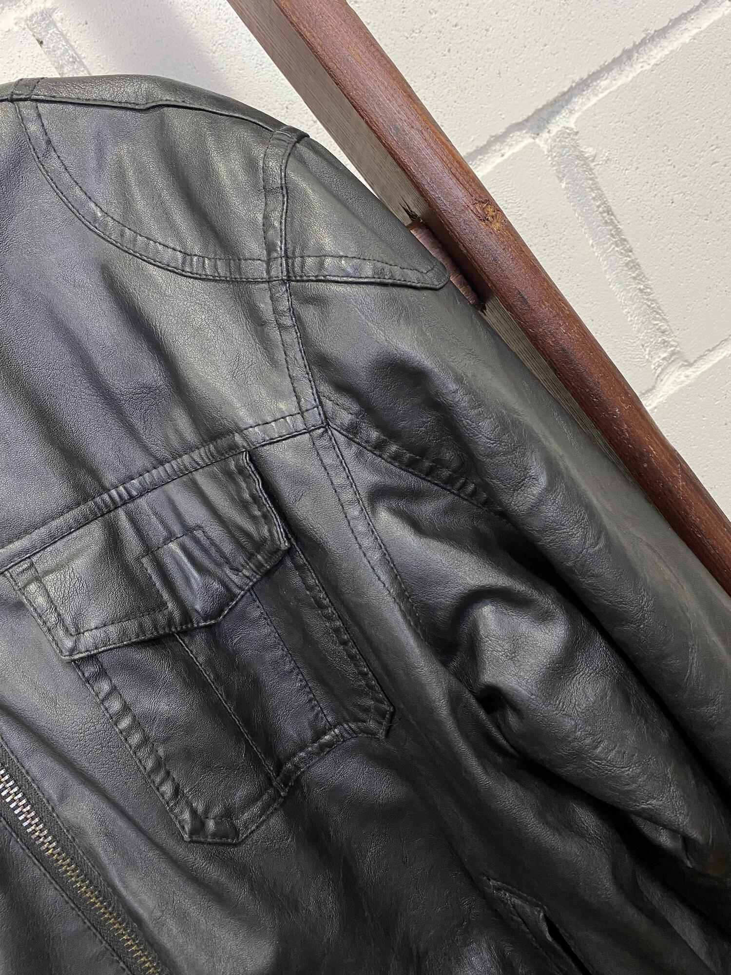 Czarna skórzana kurtka ALTERED IMAGE - Vintage Store | JestemSlow.pl