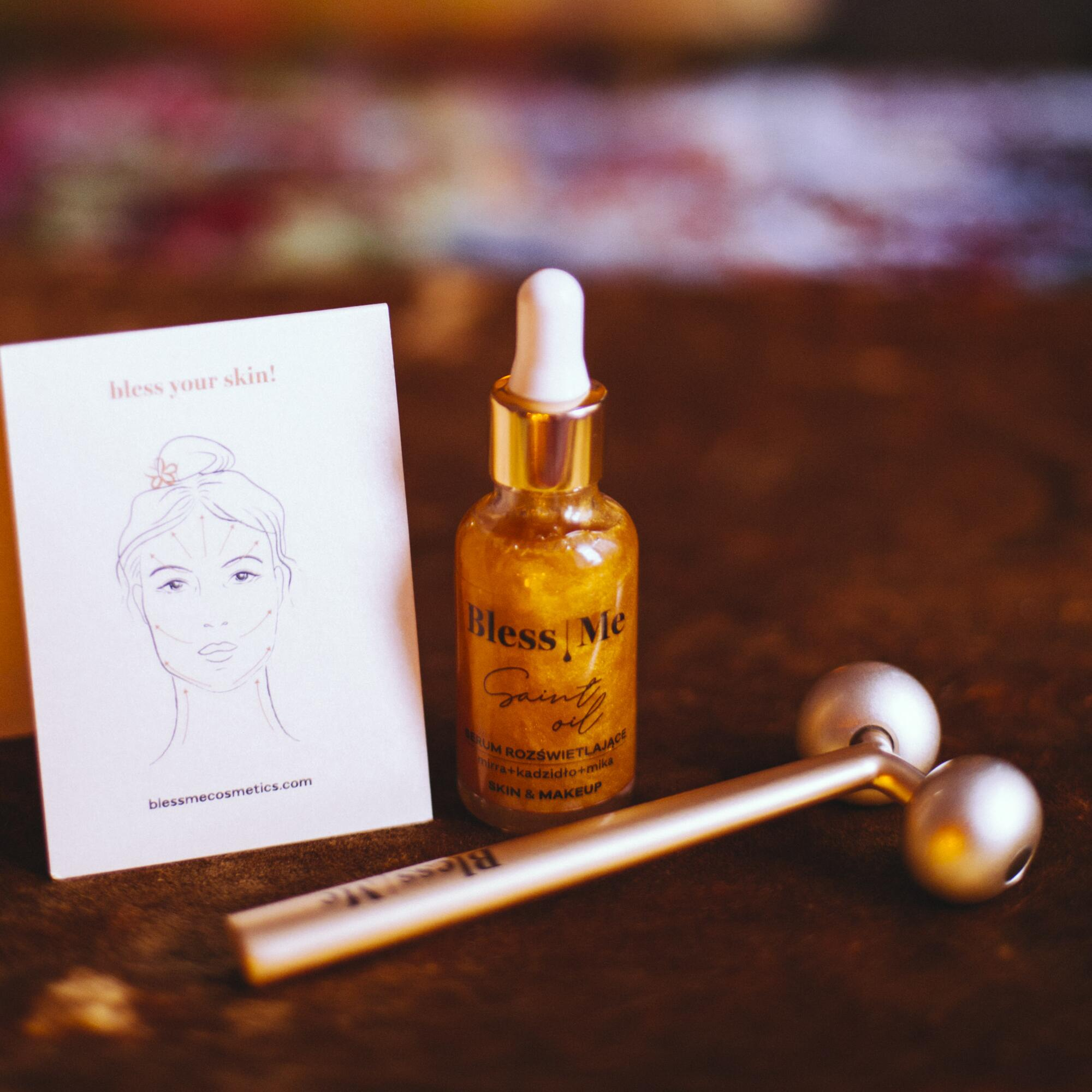Zestaw: Serum Rozświetlające Saint Oil 30 ml SKIN & MAKE UP i Roller Liftingujący PRO - Bless Me Cosmetics | JestemSlow.pl