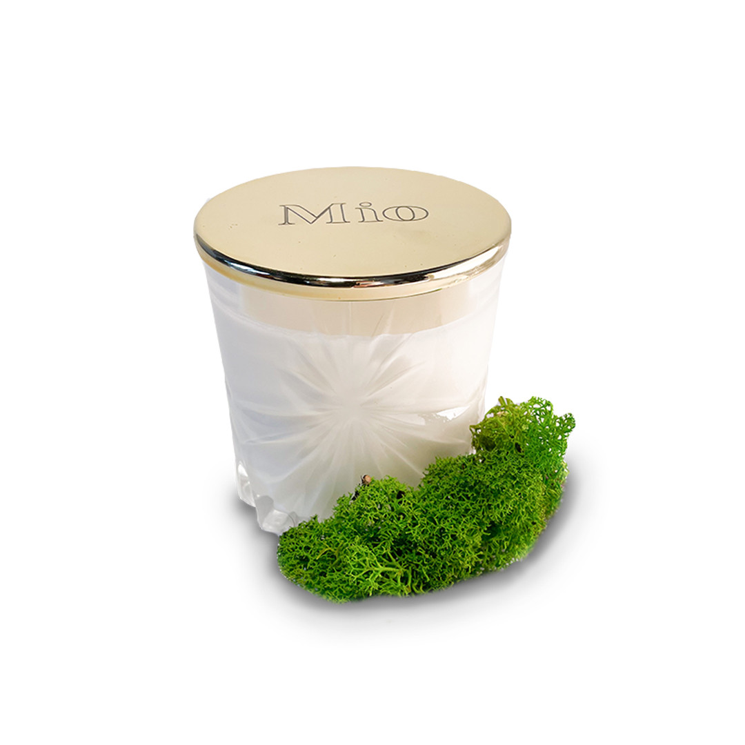 Barefoot on the grass - Mio Candles | JestemSlow.pl