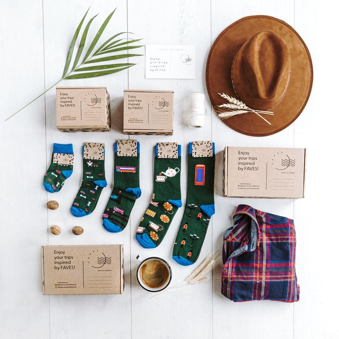 KoloroweSkarpetki niemowlęce w pieski corgi - FAVES. Socks&Friends