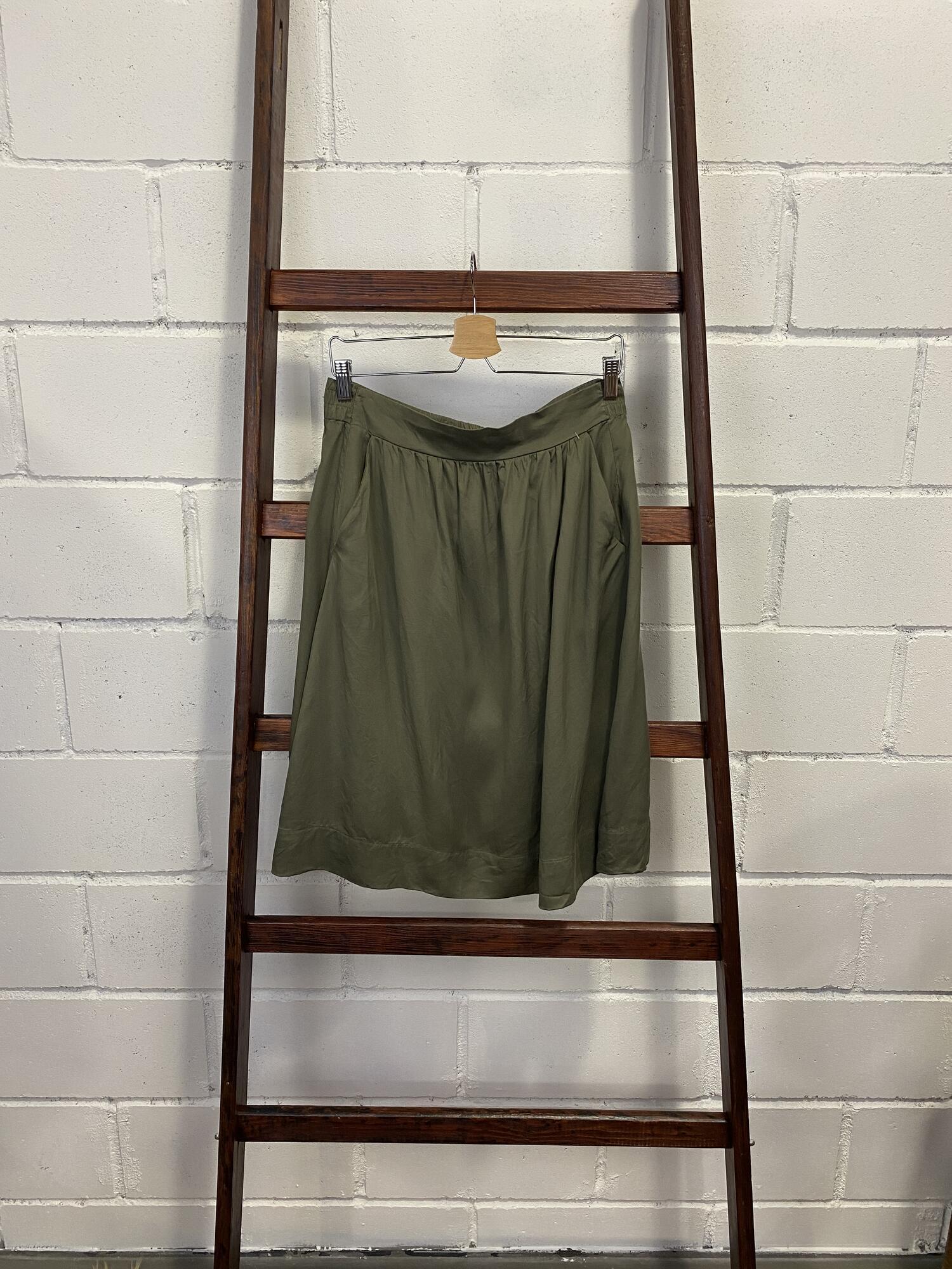 Oliwkowa spódnica midi z kieszeniami HALLHUBER - Vintage Store | JestemSlow.pl