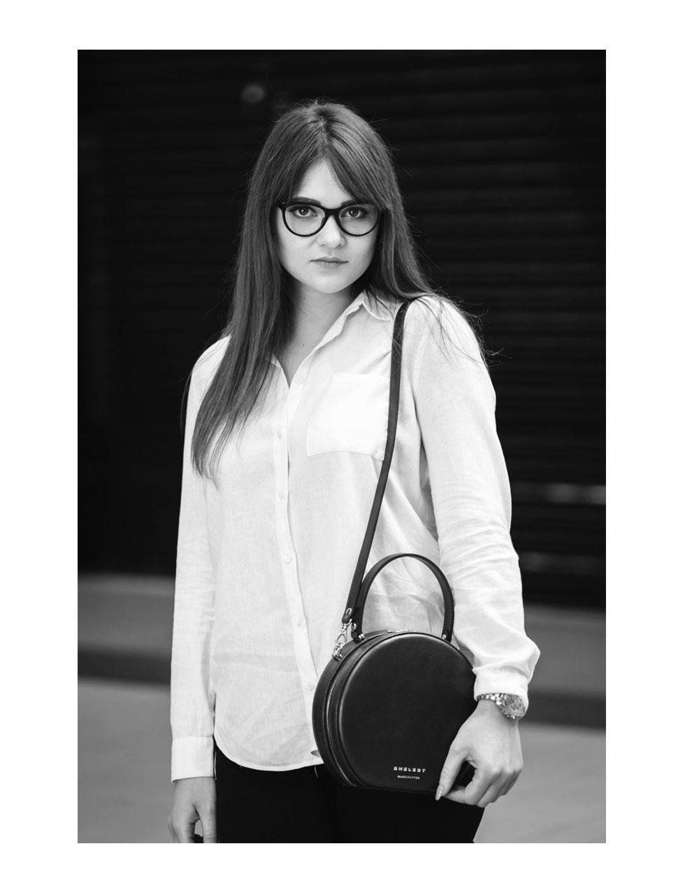 Sophie – skórzana okrągła torebka, czarny krokodyl / silver - SHELEST | JestemSlow.pl