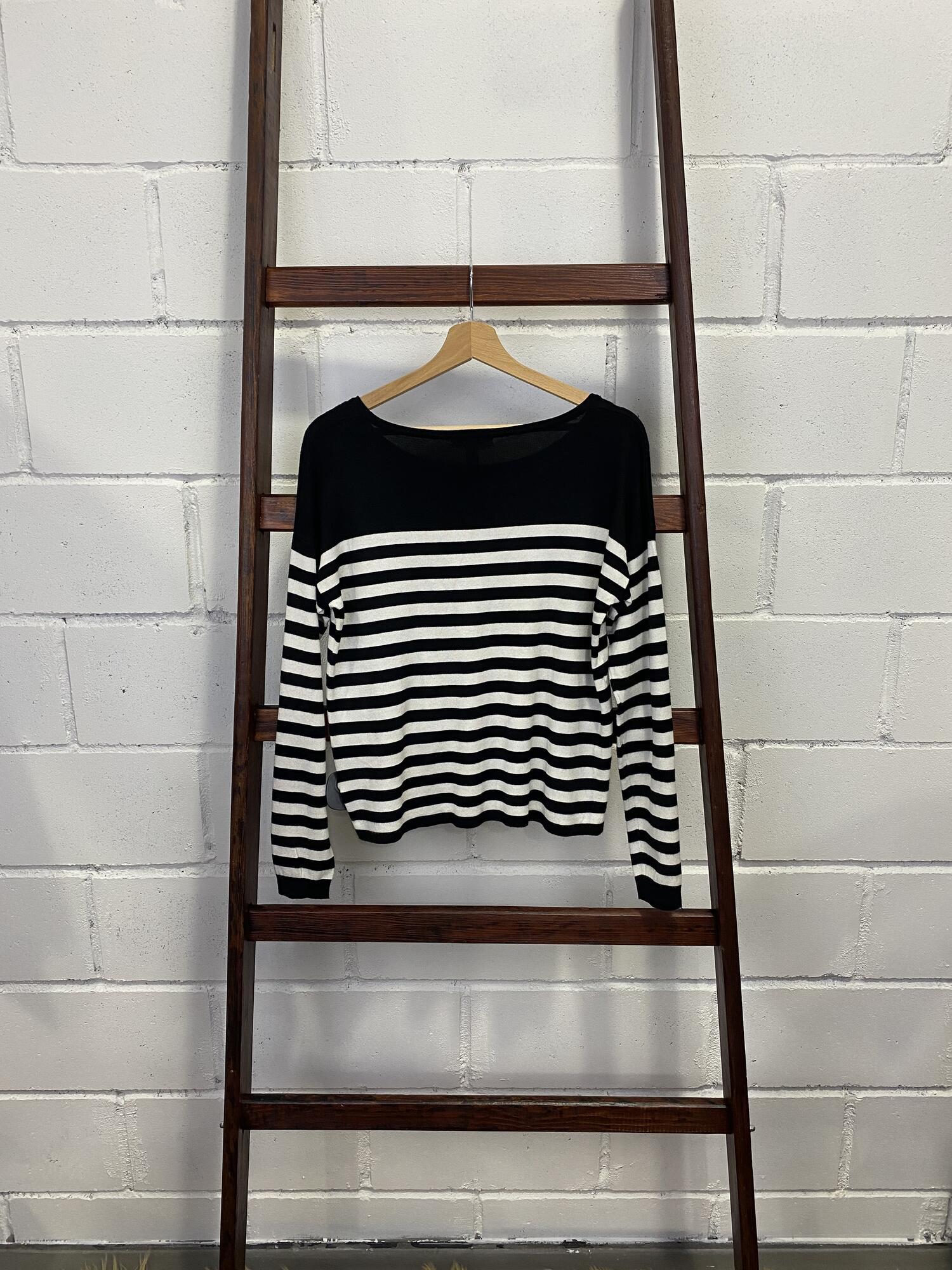Sweter w paski czarno-białe MANGO - Vintage Store   JestemSlow.pl