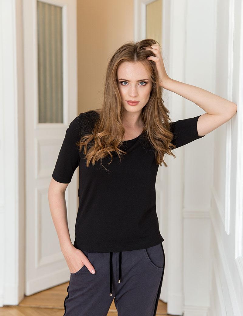 T-shirt Anette Black - Loli-Pop   JestemSlow.pl