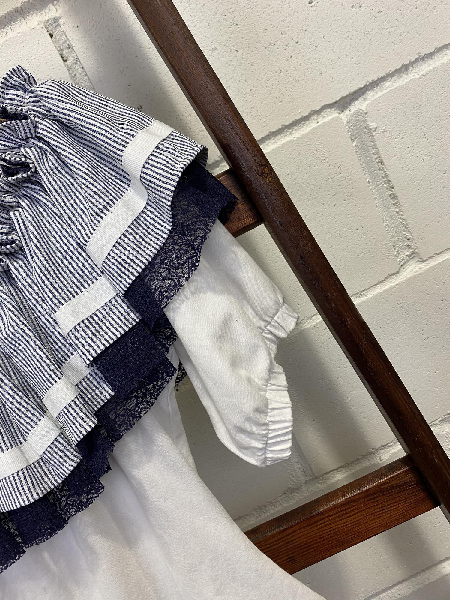 Koszulka hiszpanka z biało niebieskim kołnierzem BY O LA LA...! - Vintage Store | JestemSlow.pl