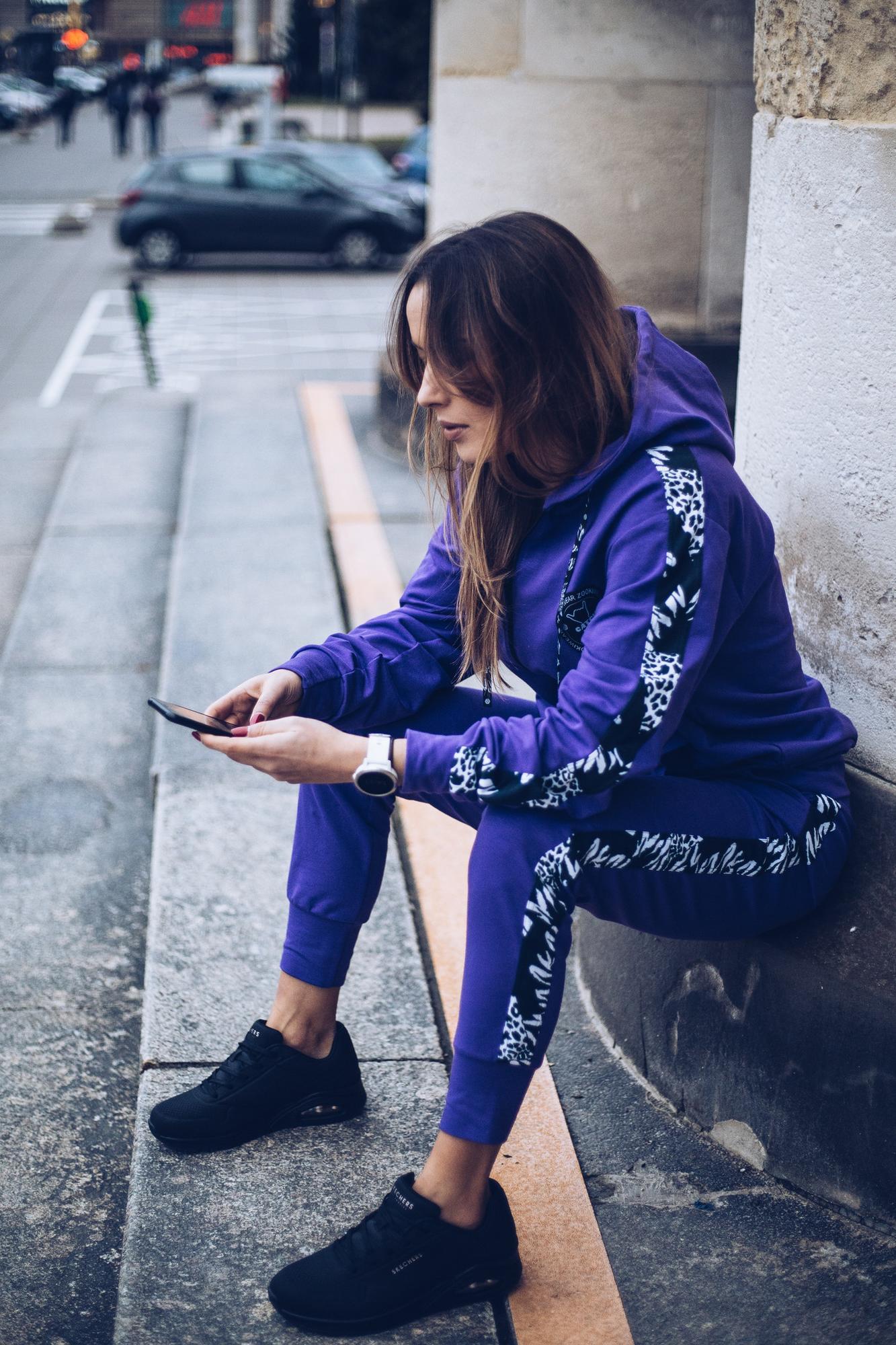 Spodnie Loose Violet B&W - spodnie dresowe - spodnie fioletowe - Zooki Wear