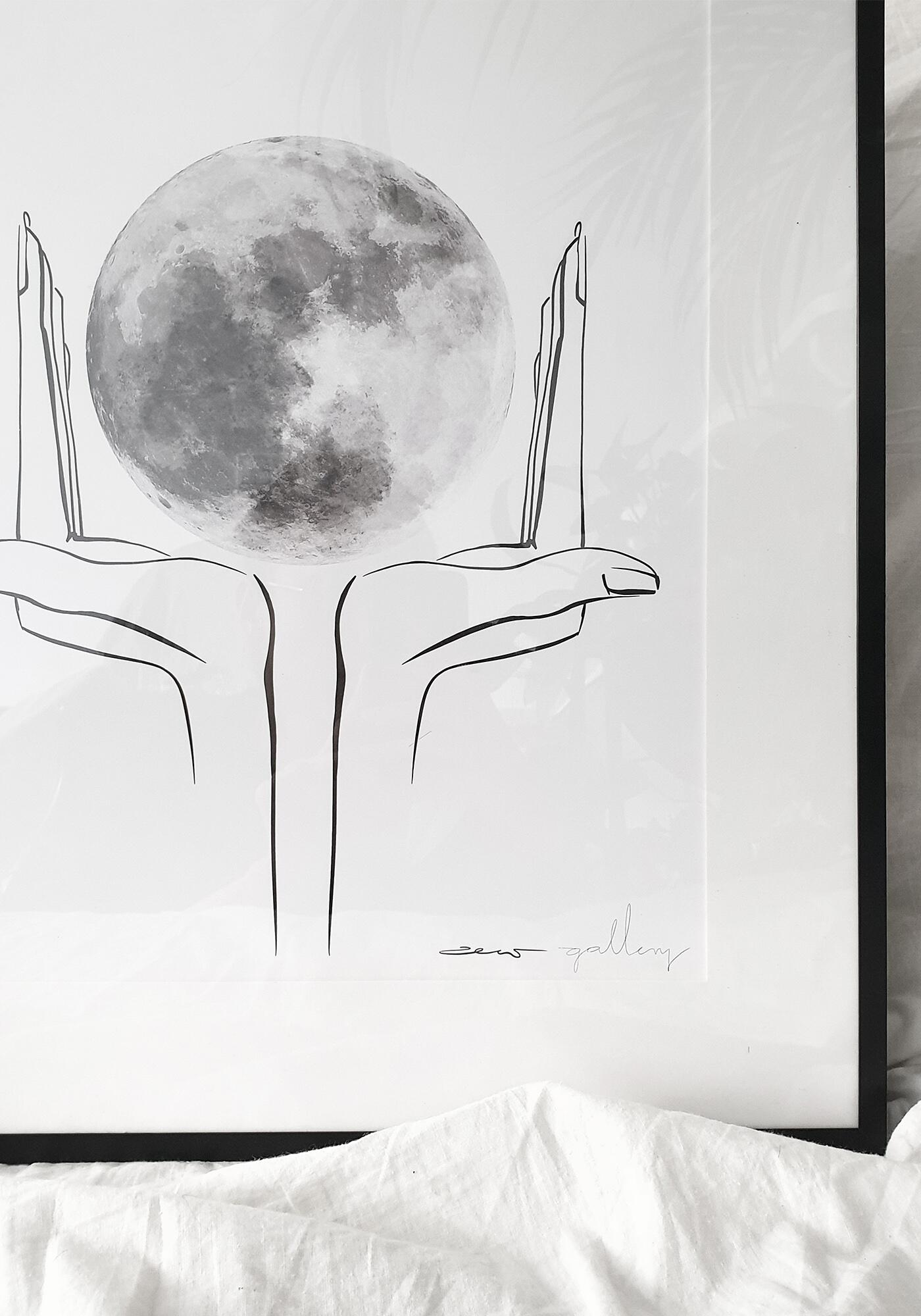 plakat Moon touch | Dotyk Ksieżyca - zew.gallery | JestemSlow.pl