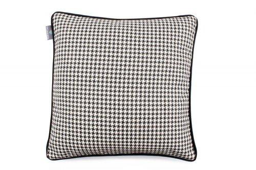 Poduszka dekoracyjna Check Black 45x45 cm - We Love Candles&We Love Beds | JestemSlow.pl