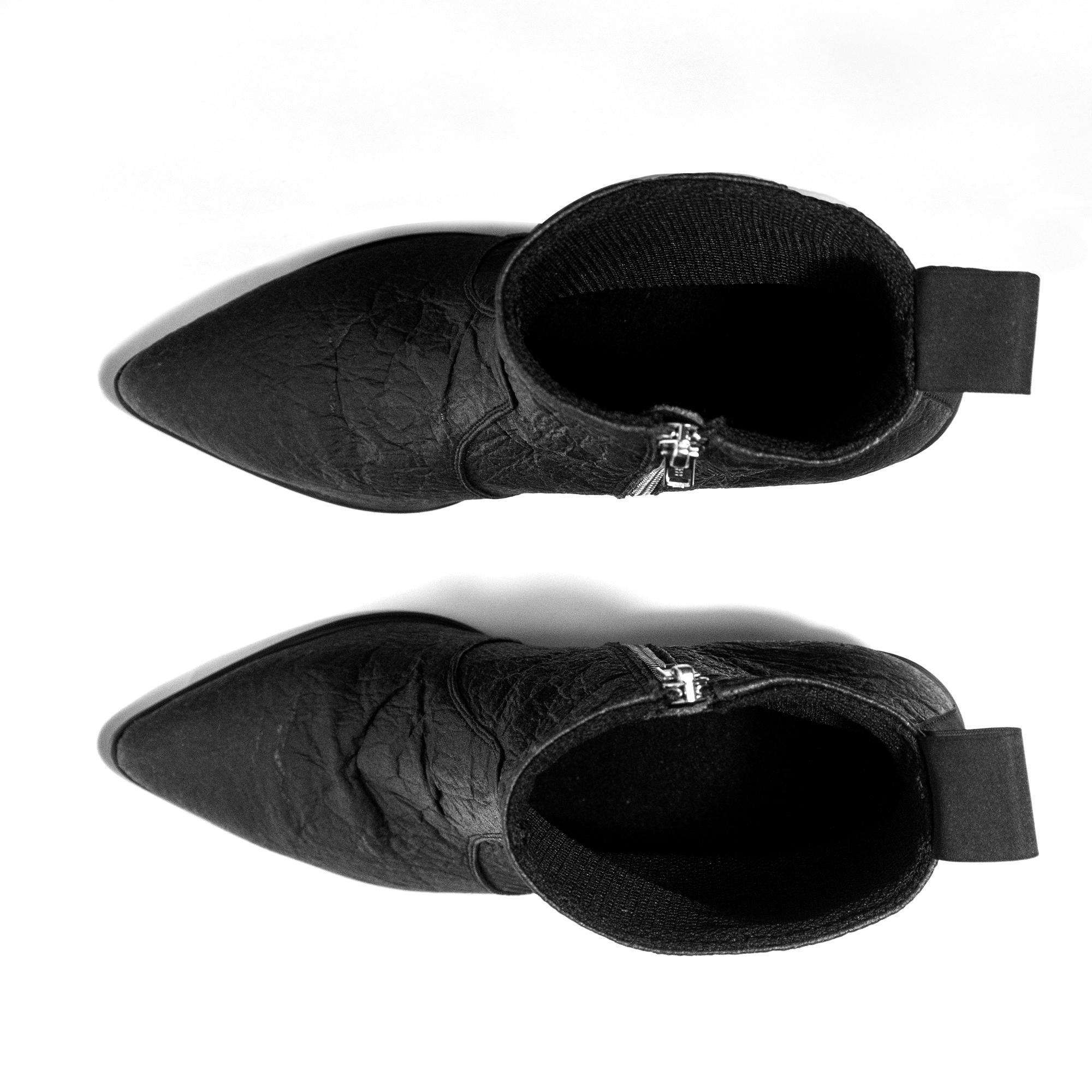 BOHEMA Swan No.1 Black Pina - BOHEMAClothing