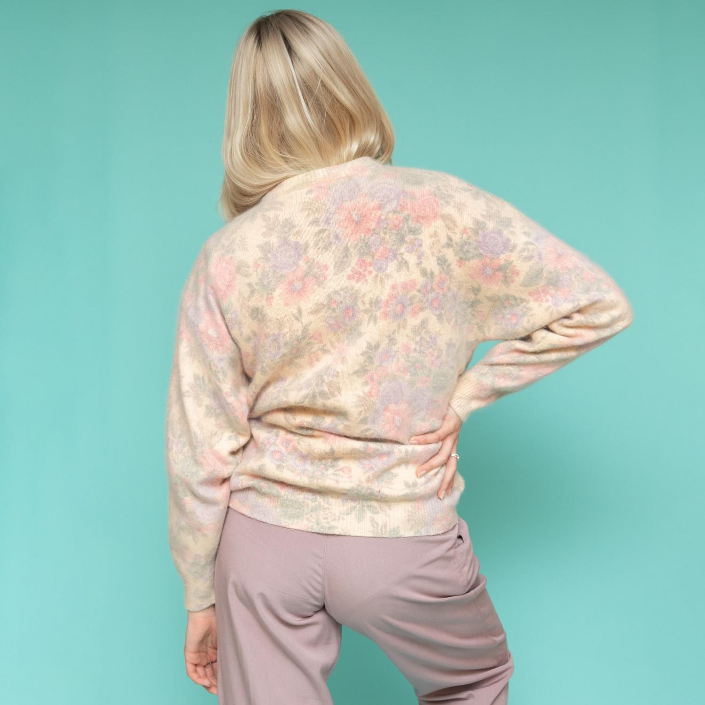 Pastelowy sweter z angory w kwiaty - KEX Vintage Store | JestemSlow.pl
