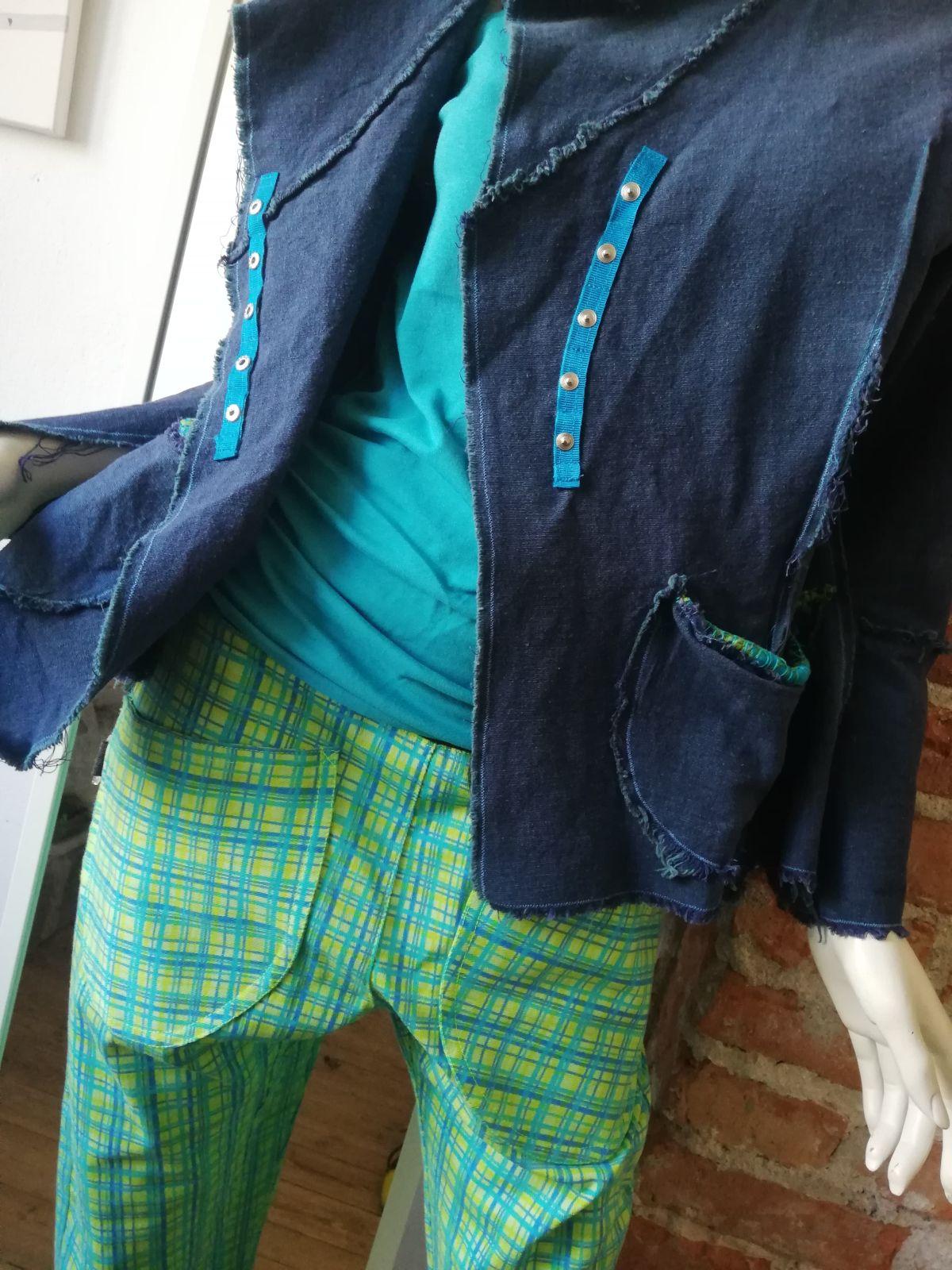 Długie spodnie w kratę - AgaMa