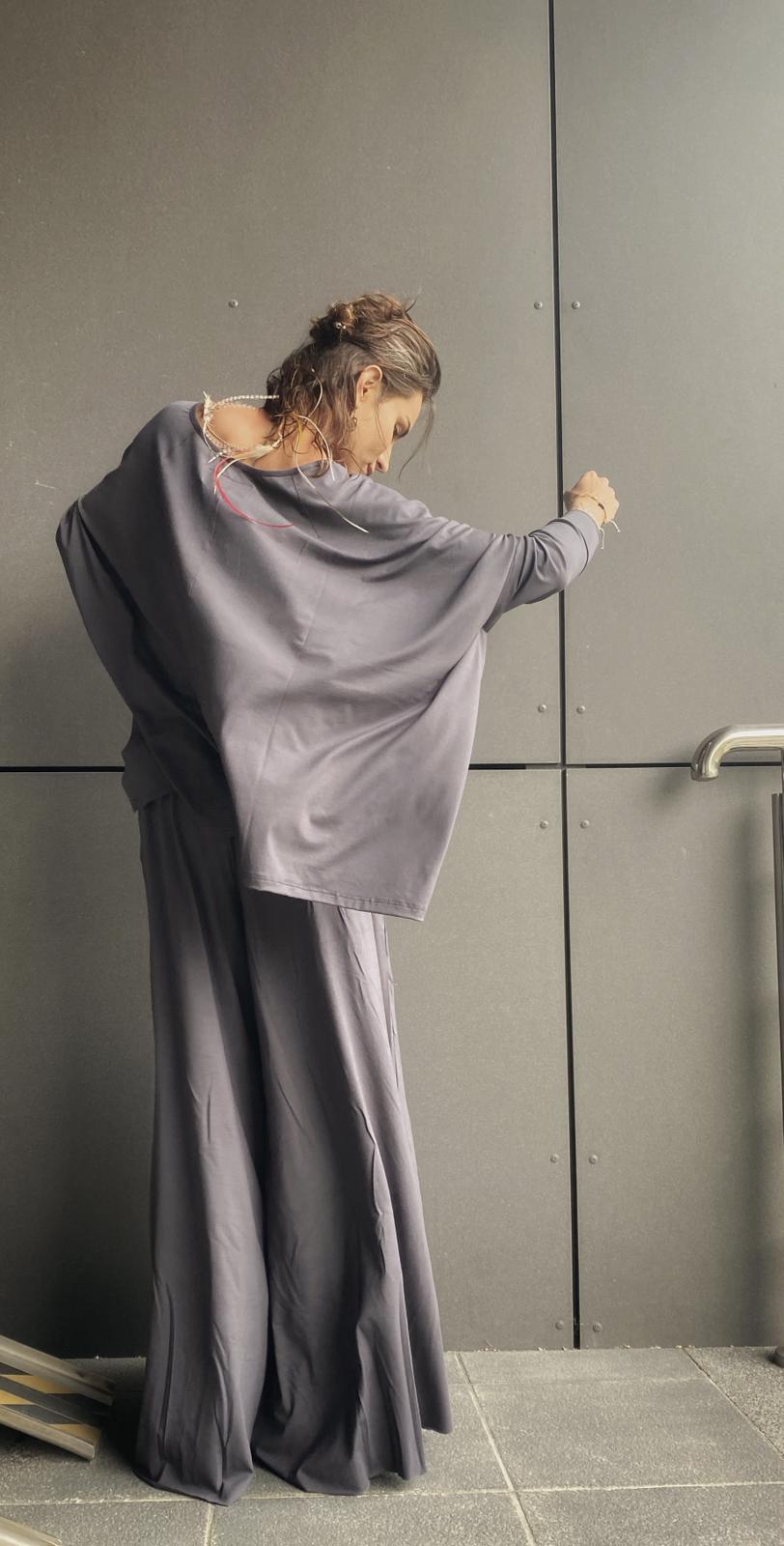 Bluza ponczo szeroka oversize bardzo luźna - Agi Jensen Design