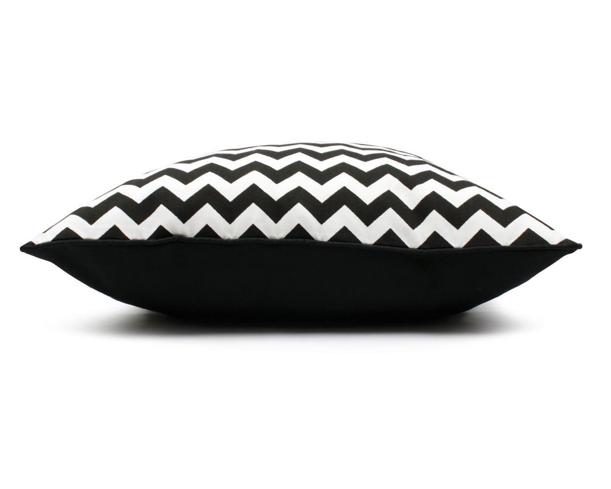 Poduszka dekoracyjna Zig Zag Black White 40x60 cm - We Love Candles&We Love Beds