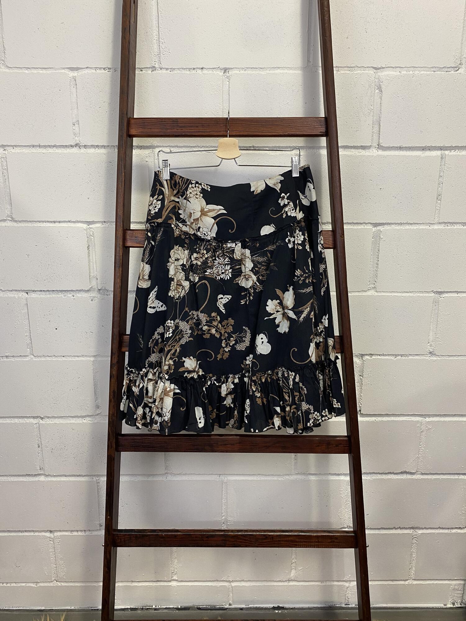 Czarna spódnica ZARA BASIC w jasne kwiaty - Vintage Store | JestemSlow.pl