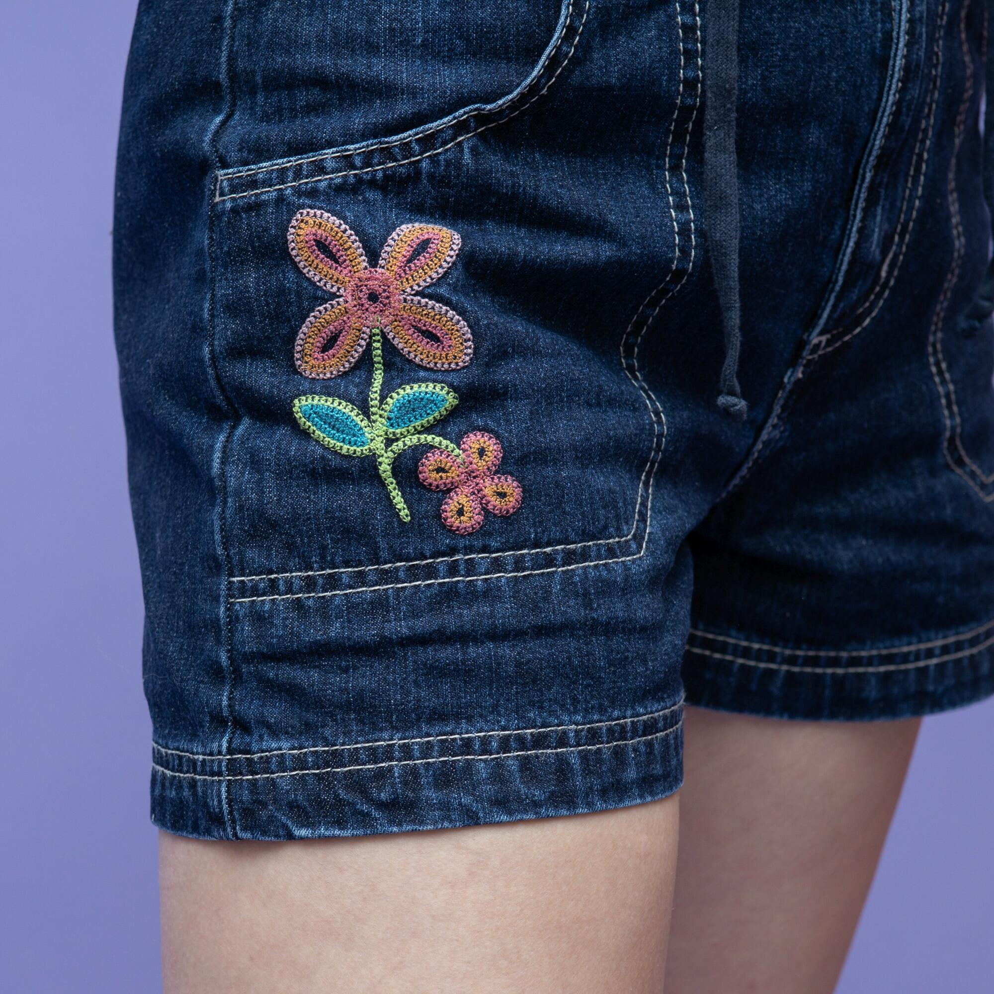 Jeansowe spodenki z kwiatkiem marki Gasoline - KEX Vintage Store   JestemSlow.pl