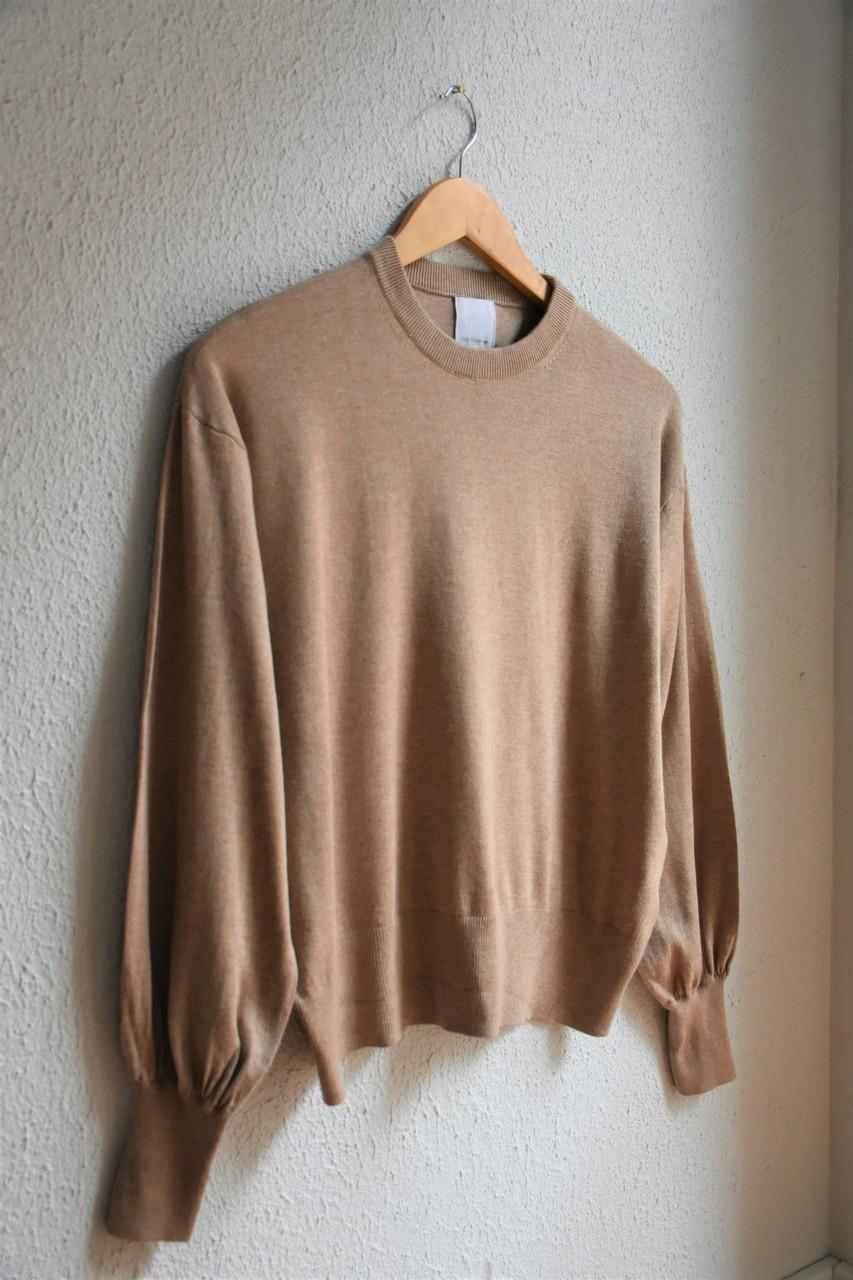Beżowy sweterek typu basic - PONOŚ SE vintage shop | JestemSlow.pl