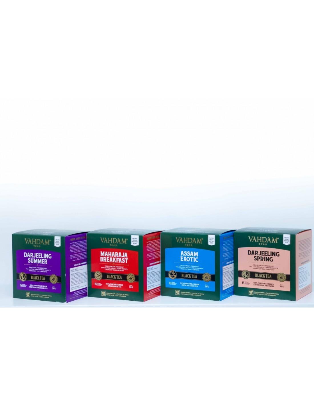 W zestawie znajdą Państwo cztery rodzaje herbat czarnych z rejonu Assam oraz Darjeeling, zbieranych w okresie wiosennym oraz letnim: Assam Exotic - 100% herbata czarna z rejonu Assam, certyfikowana przez Tea Board of India Assam Orthodox CTM Licence No. AS/14422062016/PKT Maharaja Breakfast - 100% herbata czarna z rejonu Assam Darjeeling Spring - 100% herbata czarna z rejonu Darjeeling, zbiór wiosenny, certyfikowana przez Tea Board of India Darjeeling CTM Licence No. DJ/590/27092016/T Darjeeling Summer - 100% herbata czarna z rejonu Darjeeling, zbiór letni, certyfikowana przez Tea Board of India Darjeeling CTM Licence No. DJ/590/27092016/T Temperatura wody: 90-100 C Czas parzenia: 3-5 minut Kofeina: wysoka Assam Exotic to jedna z naszych najlepiej sprzedających się mieszanek Assam, która jest stosunkowo łagodna, ale niesamowicie aromatyczna. Liście pochodzą z najstarszych i najbardziej renomowanych plantacji Assam, są średniej wielkości, luźno zwinięte, brązowawo-czarne z rozproszonymi