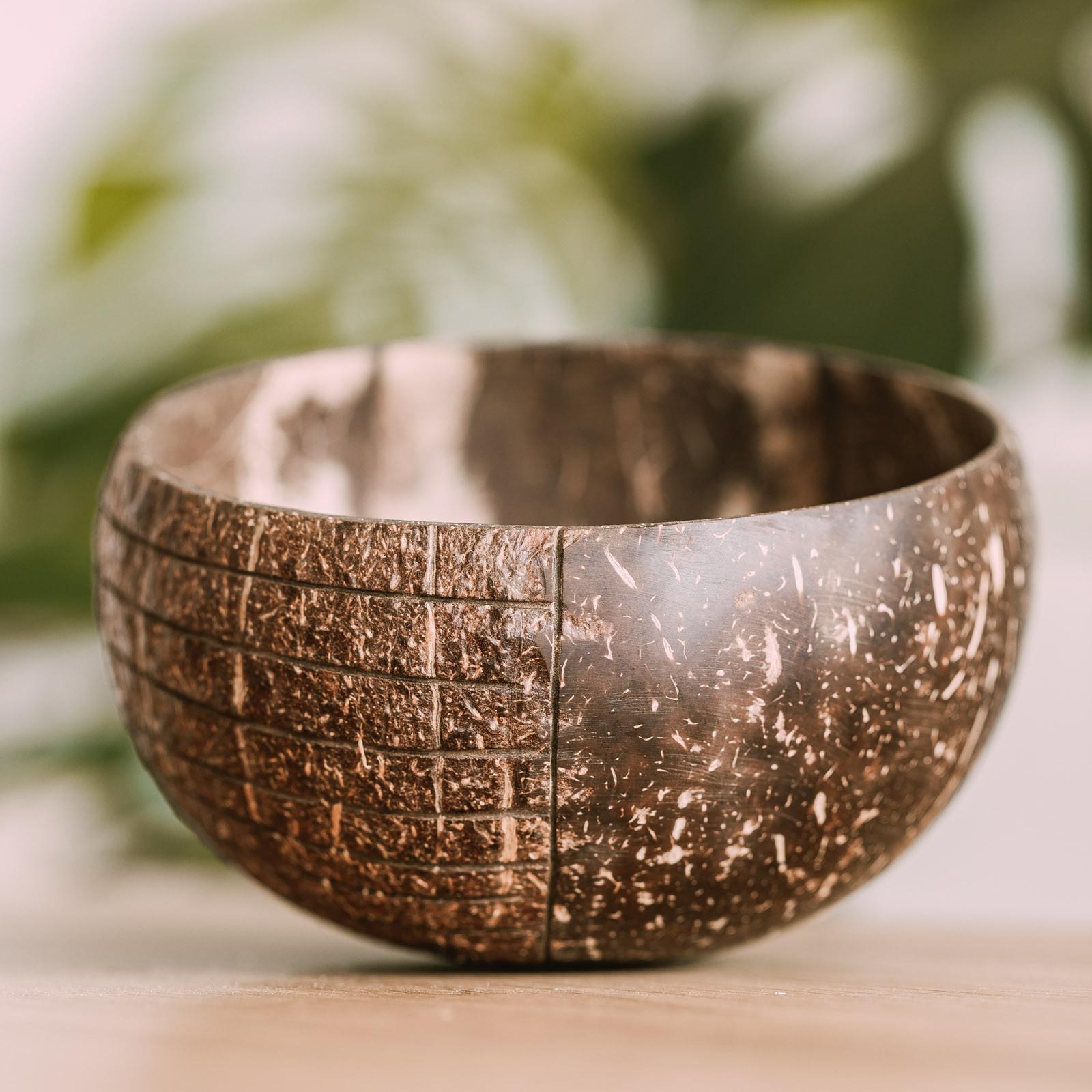 "Kokosowa miska ""Kubu"" - COCOBAMBOO | JestemSlow.pl"