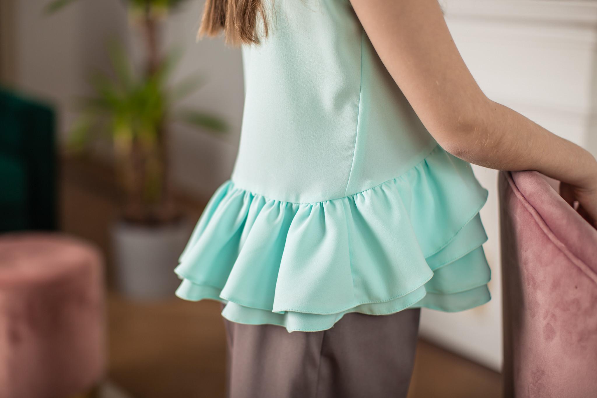 Bluzka miętowa z falbankami - Domino.little.dress