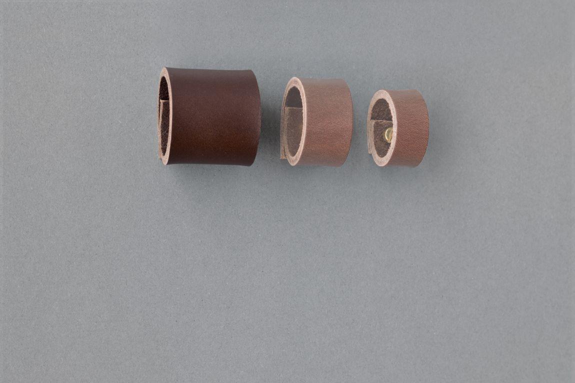 Skórzany uchwyt meblowy Lade Om #4 ciemnobrązowy 15 mm - Steil