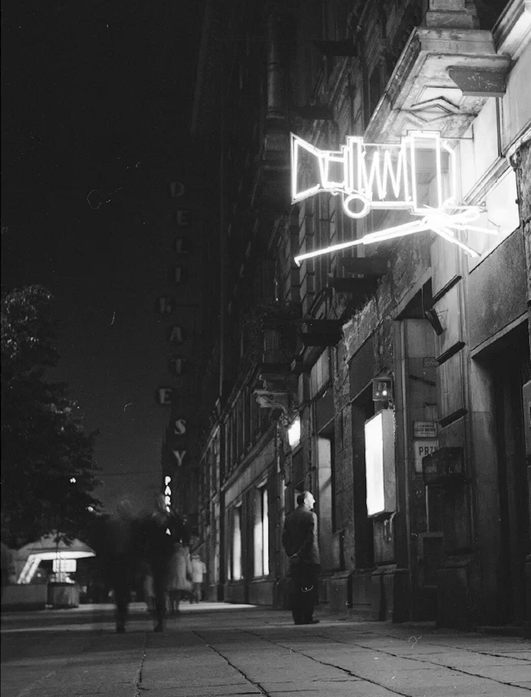 Neon Fotografa - Afish | JestemSlow.pl